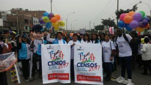 Sensibilización a la población sobre los Censos Nacionales en el Pasacalle por el 196 aniversario del distrito de Ate.